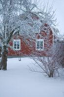 Bildnr.: 11017712<br/><b>Feature: 00790027 - Klare Kontraste</b><br/>Haus eines Fotografen in Gustafs, Schweden<br />living4media / Bj&#246;rnsdotter, Magdalena