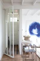 Bildnr.: 11006650<br/><b>Feature: 00790114 - Spiel der Kontraste</b><br/>A country house belonging to an interior designer, Niederlande<br />living4media / Claessens, Bieke