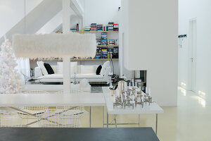 Bildno.: 11013056<br/><b>Feature: 00790195 - A Loft with Room to Spare</b><br/>A loft apartment in Munich<br />living4media / Tuesday, June