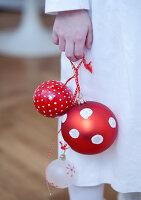 Bildnr.: 11074342<br/><b>Feature: 00790199 - Weihnachten in Wien</b><br/>Weihnachten ist ein Bastelfest f&#252;r die Familie M&#252;ller<br />living4media / Bauer, Christine
