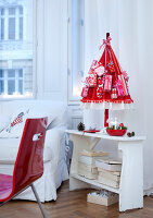 Bildnr.: 11074344<br/><b>Feature: 00790199 - Weihnachten in Wien</b><br/>Weihnachten ist ein Bastelfest f&#252;r die Familie M&#252;ller<br />living4media / Bauer, Christine