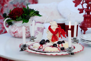 Bildnr.: 11074358<br/><b>Feature: 00790199 - Weihnachten in Wien</b><br/>Weihnachten ist ein Bastelfest f&#252;r die Familie M&#252;ller<br />living4media / Bauer, Christine