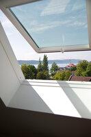 Bildnr.: 11017092<br/><b>Feature: 11017085 - Heller Hochsitz</b><br/>Wohnen im Dachgeschoss eines ehemaligen Postamtes<br />living4media / Heinze, Winfried