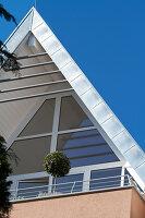 Bildnr.: 11017152<br/><b>Feature: 11017085 - Heller Hochsitz</b><br/>Wohnen im Dachgeschoss eines ehemaligen Postamtes<br />living4media / Heinze, Winfried