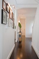 Bildno.: 11018624<br/><b>Feature: 11018591 - Relaxed but stylish</b><br/>Hamptons style beach house near Palm Beach<br />living4media / Bayside