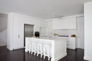 Bildno.: 11018630<br/><b>Feature: 11018591 - Relaxed but stylish</b><br/>Hamptons style beach house near Palm Beach<br />living4media / Bayside