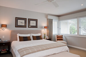 Bildno.: 11018642<br/><b>Feature: 11018591 - Relaxed but stylish</b><br/>Hamptons style beach house near Palm Beach<br />living4media / Bayside