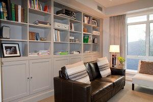 Bildno.: 11018660<br/><b>Feature: 11018591 - Relaxed but stylish</b><br/>Hamptons style beach house near Palm Beach<br />living4media / Bayside