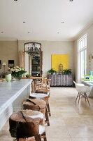 Bildnr.: 11031160<br/><b>Feature: 11031132 - Im Luxus daheim</b><br/>Komfortables Haus in New South Wales mit franz&#246;sischem Look<br />living4media / Bauer Syndication