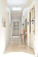 Bildnr.: 11031232<br/><b>Feature: 11031132 - Im Luxus daheim</b><br/>Komfortables Haus in New South Wales mit franz&#246;sischem Look<br />living4media / Bauer Syndication