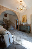 Bildno.: 11061478<br/><b>Feature: 11061397 - New Aristocracy</b><br/>Elegantly furnished home in downtown G&#233;n&#233;rac<br />living4media / Madamour, Christophe
