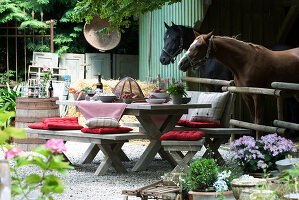 Bildno.: 11064274<br/><b>Feature: 11064272 - A little Time-out</b><br/>Ideas for the garden and balcony<br />living4media / Manduzio, Matteo