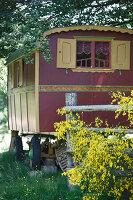 Bildnr.: 11092428<br/><b>Feature: 11092426 - Zuhause im Zirkus</b><br/>Zirkuswagen f&#252;r Liebhaber in Beaujolais<br />living4media / D&#252;pper, Christoph