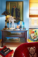 Bildno.: 11109956<br/><b>Feature: 11109939 - House of Wonders</b><br/>Art and art objects cover nearly every surface of this gallerist&#39;s home in Rome<br />living4media / Bressan e Trentani