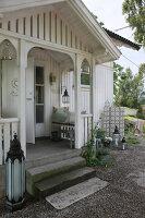 Bildnr.: 11126104<br/><b>Feature: 11126103 - Gr&#252;n(d)lich dekoriert</b><br/>Gr&#252;n in allen Varianten verziert ein Haus in Norwegen<br />living4media / Nordstrom, Annette