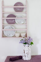 Bildno.: 11126198<br/><b>Feature: 11126197 - Lilac and Leisure</b><br/>Lilacs and the scent of summer<br />living4media / Nordstrom, Annette