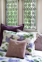 Bildno.: 11126200<br/><b>Feature: 11126197 - Lilac and Leisure</b><br/>Lilacs and the scent of summer<br />living4media / Nordstrom, Annette