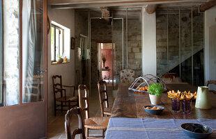Bildno.: 11136532<br/><b>Feature: 11136451 - Bastide La Garance</b><br/>B &amp; B in beautiful Provence<br />living4media / Madamour, Christophe