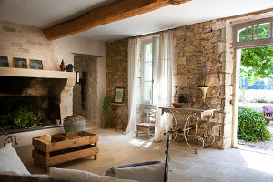 Bildno.: 11136546<br/><b>Feature: 11136451 - Bastide La Garance</b><br/>B &amp; B in beautiful Provence<br />living4media / Madamour, Christophe