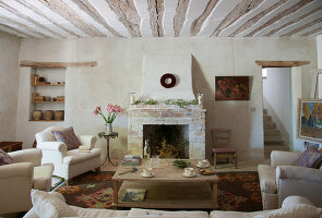 Bildno.: 11136588<br/><b>Feature: 11136451 - Bastide La Garance</b><br/>B &amp; B in beautiful Provence<br />living4media / Madamour, Christophe