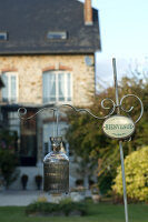 Bildno.: 11136670<br/><b>Feature: 11136666 - Champagne for Breakfast</b><br/>A decorator's home in the Marne region of Champagne<br />living4media / Madamour, Christophe