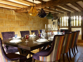 Bildno.: 11147360<br/><b>Feature: 11147357 - Link to the Past</b><br/>Refurbishing a 15th century farm house in Kent<br />living4media / Smith, Rachael