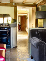 Bildno.: 11147370<br/><b>Feature: 11147357 - Link to the Past</b><br/>Refurbishing a 15th century farm house in Kent<br />living4media / Smith, Rachael