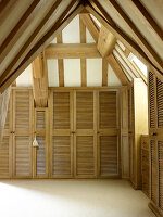Bildno.: 11147380<br/><b>Feature: 11147357 - Link to the Past</b><br/>Refurbishing a 15th century farm house in Kent<br />living4media / Smith, Rachael