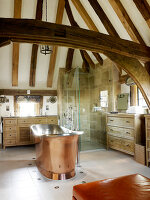 Bildno.: 11147382<br/><b>Feature: 11147357 - Link to the Past</b><br/>Refurbishing a 15th century farm house in Kent<br />living4media / Smith, Rachael