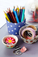 Bildno.: 11182952<br/><b>Feature: 11182929 - Party Fun</b><br/>Decorating ideas using cup cake tin liners<br />living4media / Taube, Franziska