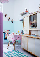 Bildno.: 11193708<br/><b>Feature: 11193701 - Vintage Wonder</b><br/>Berlin apartment decorated in vintage style<br />living4media / Bauer, Christine