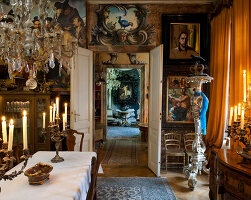 Bildno.: 11213064<br/><b>Feature: 11213061 - Staged for Living</b><br/>Stage designer&#39;s Baroque apartment in Vienna<br />living4media / von Oswald, Yvonne