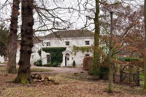 Bildnr.: 11216228<br/><b>Feature: 11216227 - Wo Weihnachten wohnt</b><br/>Klassisch dekoriertes Landhaus in Nottinghamshire, England<br />living4media / von Einsiedel, Andreas