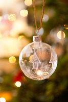 Bildnr.: 11216238<br/><b>Feature: 11216227 - Wo Weihnachten wohnt</b><br/>Klassisch dekoriertes Landhaus in Nottinghamshire, England<br />living4media / von Einsiedel, Andreas