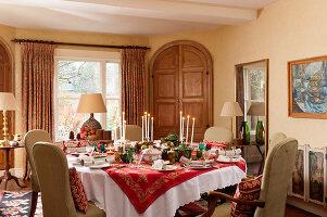 Bildnr.: 11216250<br/><b>Feature: 11216227 - Wo Weihnachten wohnt</b><br/>Klassisch dekoriertes Landhaus in Nottinghamshire, England<br />living4media / von Einsiedel, Andreas