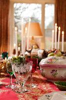 Bildnr.: 11216258<br/><b>Feature: 11216227 - Wo Weihnachten wohnt</b><br/>Klassisch dekoriertes Landhaus in Nottinghamshire, England<br />living4media / von Einsiedel, Andreas