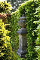 Bildno.: 11223850<br/><b>Feature: 11223835 - Woman's Touch</b><br/>Lush garden in the Netherlands<br />living4media / Pietrek, Sibylle