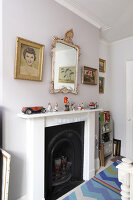 Bildno.: 11229116<br/><b>Feature: 11229069 - Upcycling is the Key</b><br/>Vintage and upcycled finds fill this Brighton Flat in the U. K.<br />living4media / Wood, Emma