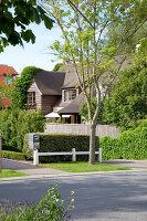 Bildnr.: 11242248<br/><b>Feature: 11242247 - L&#228;ssig leben in den D&#252;nen</b><br/>Modern gestaltetes Haus mit Meeresbrise in Nieuwpoort, Belgien<br />living4media / Claessens, Bieke