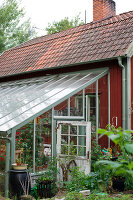 Bildno.: 11264896<br/><b>Feature: 11264822 - Pia&#39;s Orangery</b><br/>This conservatory in Sweden is a whole new world of plants<br />living4media / M&#246;ller, Cecilia