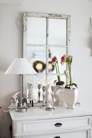 Bildno.: 11282284<br/><b>Feature: 11282243 - Home for Christmas</b><br/>Christmas decorating Swedish style<br />living4media / IBL Bildbyra AB / Angelica, S&#246;derberg