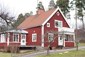 Bildno.: 11284368<br/><b>Feature: 11284304 - Swedish Country Style</b><br/>A century old villa becomes a country dream in Boxholm, Sweden<br />living4media / M&#246;ller, Cecilia