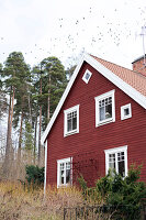 Bildno.: 11284370<br/><b>Feature: 11284304 - Swedish Country Style</b><br/>A century old villa becomes a country dream in Boxholm, Sweden<br />living4media / M&#246;ller, Cecilia