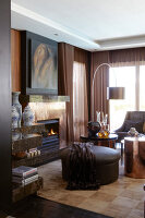 Bildno.: 11294694<br/><b>Feature: 11294679 - Return to Glamour</b><br/>From drab to glamorous in Camps Bay<br />living4media / Great Stock!