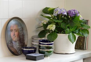 Bildno.: 11302236<br/><b>Feature: 11302230 - Swedish Sophistication</b><br/>Swedish home decorated with objects from all over the world<br />living4media / IBL Bildbyra AB / Ericsson, Peter