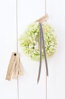 Bildno.: 11305844<br/><b>Feature: 11305840 - The Greening Touch</b><br/>Green flowers add a special kick to any room<br />living4media / Weber, Cornelia
