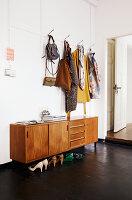 Bildno.: 11306364<br/><b>Feature: 11306352 - With Love for Design</b><br/>Designer&#39;s loft in Berlin<br />living4media / Thurmann, Stefan
