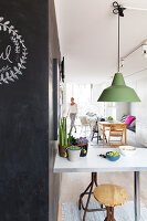 Bildno.: 11315132<br/><b>Feature: 11315127 - Unity and Colour</b><br/>A home with iconic Scandinavian design in Malm&#246;<br />living4media / Klazinga, Jansje