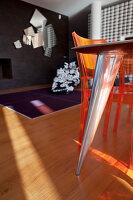 Bildnr.: 11321752<br/><b>Feature: 11321705 - Ein architektonischer W&#252;rfel</b><br/>Selbstdesigntes Haus mit ausgedehntem Aussenbereich f&#252;r die Freizeit, Italien<br />living4media / Rizzi, Laura