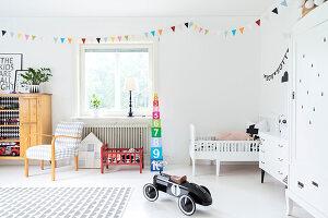 Bildnr.: 11321954<br/><b>Feature: 11321942 - Grafisches Nordlicht</b><br/>Modern, kreativ und schwarz-wei&#223;: So lebt eine junge Familie in Schweden<br />living4media / M&#246;ller, Cecilia
